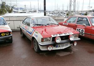 Opel_Commodore_GS_(1974).jpg
